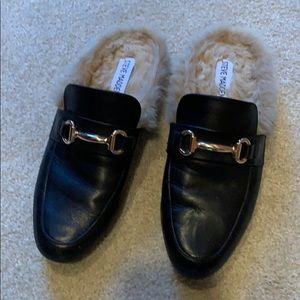 Steve Madden Jill loafer with fur size 7